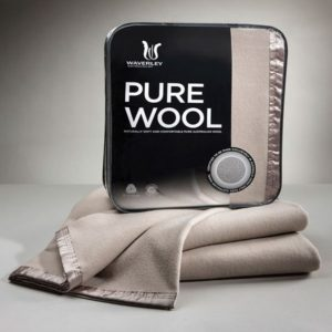 Pure wool blanket