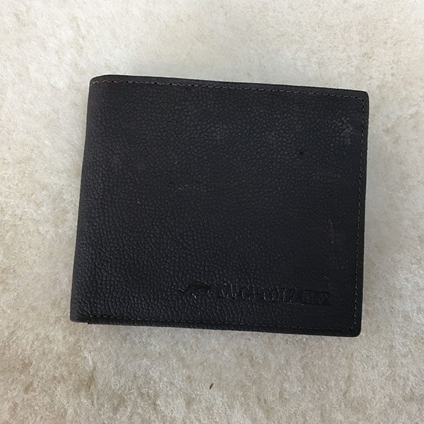kangaroo wallet black closed
