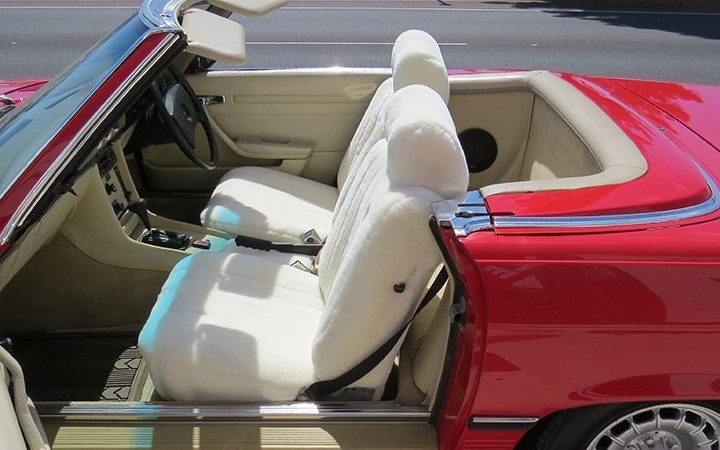 These Sheepskin Car Seat Covers Are Best to Use in the Heat